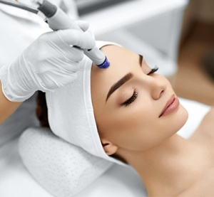 INJECTABLES, HYDRAFACIAL  & WELLNESS